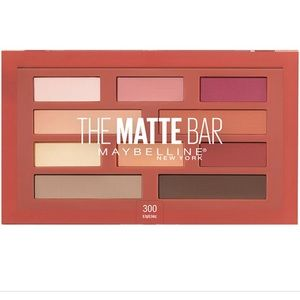 NWT New Eyeshadow pallet Maybelline The Matte Bar